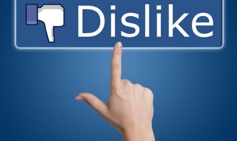 Facebook-Neg
