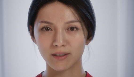 بالفيديو – شاهد امرأة يصعب عليك أن تصدق أنها أمرأة صناعية