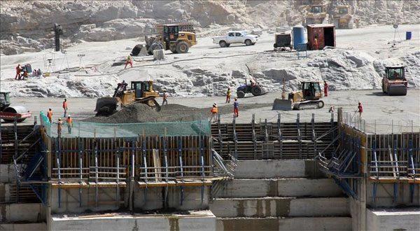 """إثيوبيا تعلن بناء السد الاحتياطي لـ""""النهضة"""" وتعتبره """"علامة فارقة"""""""