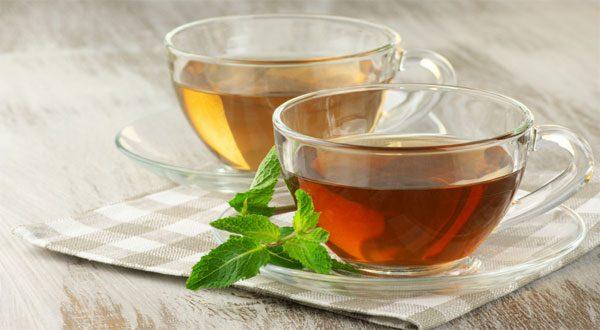 الشاي الأخضر أم الأسود: أيهما أكثر صحة؟