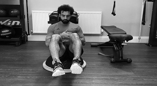 بالفيديو – صدمة.. «صلاح» يختار هذا الفنان لتجسيد قصة حياته في فيلم وثائقي